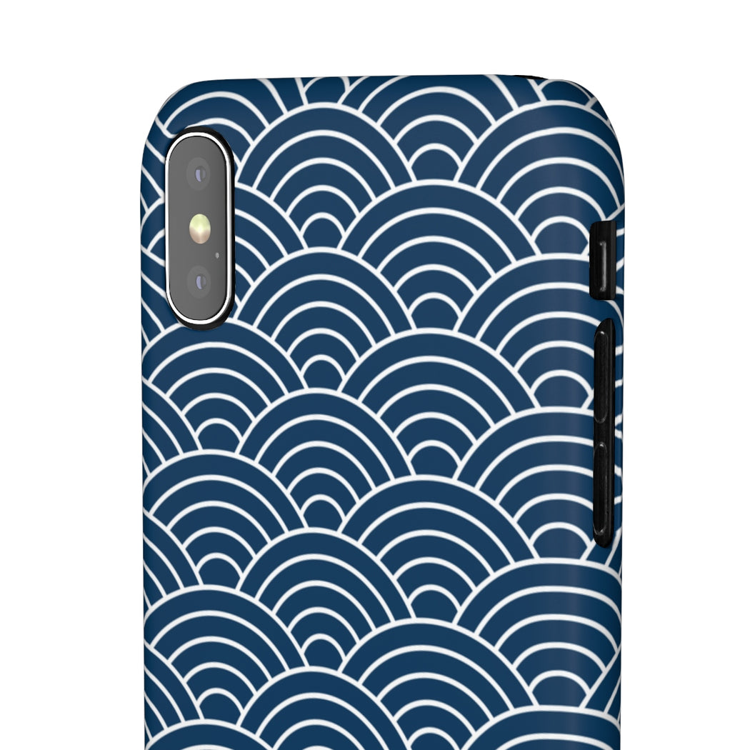 basic seigaiha wave iphone case