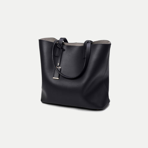 simple black tote bag