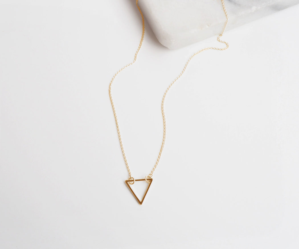 simple triangle pendant necklace