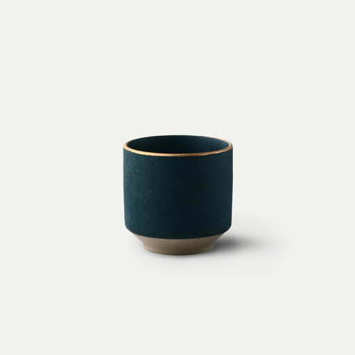 basic ceramic cup with gold accent