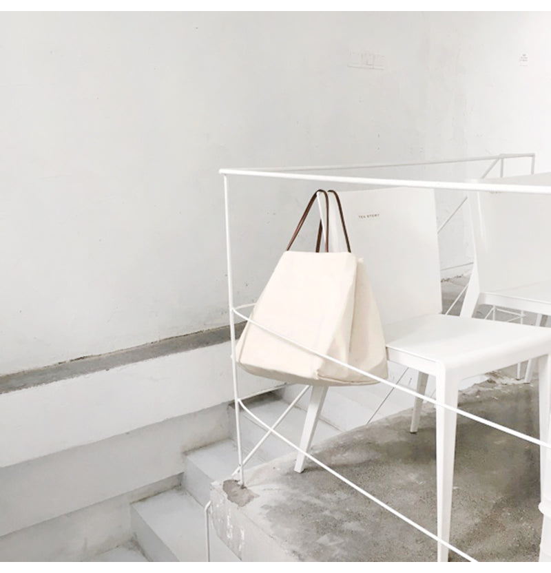 simple canvas tote bag