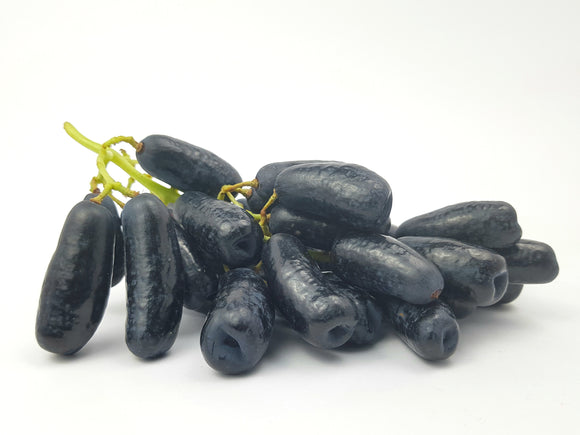 Sweet Sapphire Black Seedless Grapes