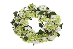 Wreaths and More: Adding Flair to Fabulous Gatherings