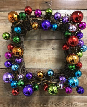 Square Christmas Ornament Wreath - Bonnie Harms Designs