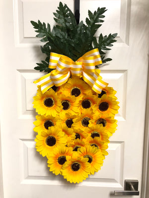 Pineapple Sun Wreath - Bonnie Harms Designs