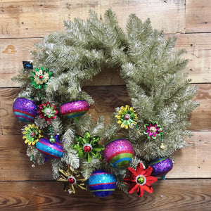 Retro Christmas Wreath - Bonnie Harms Designs