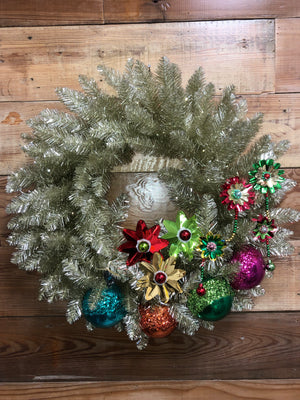 Retro Solid Wreath - Bonnie Harms Designs