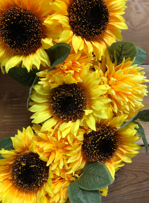 Radiant Sunflower Wreath - Bonnie Harms Designs