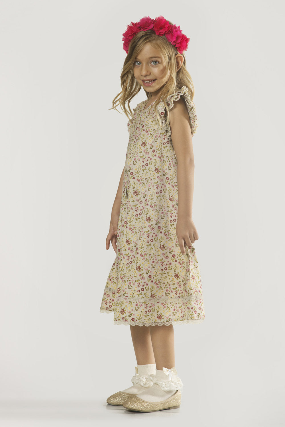 9fe06cc96 Floral Girls Dress for Sizes 2 to 9 Years -- The