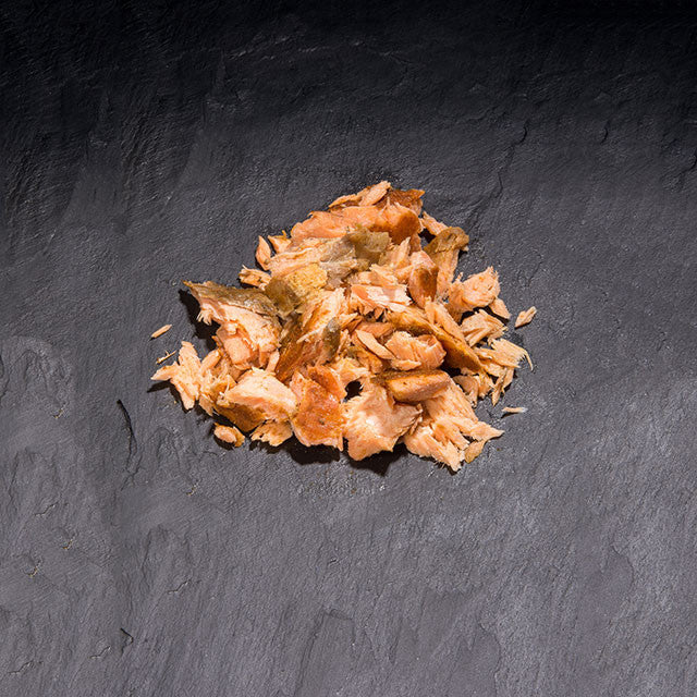 John Ross Jnr Pulled Salmon Traditionally Kiln Roasted with Cajun Spices (140g)