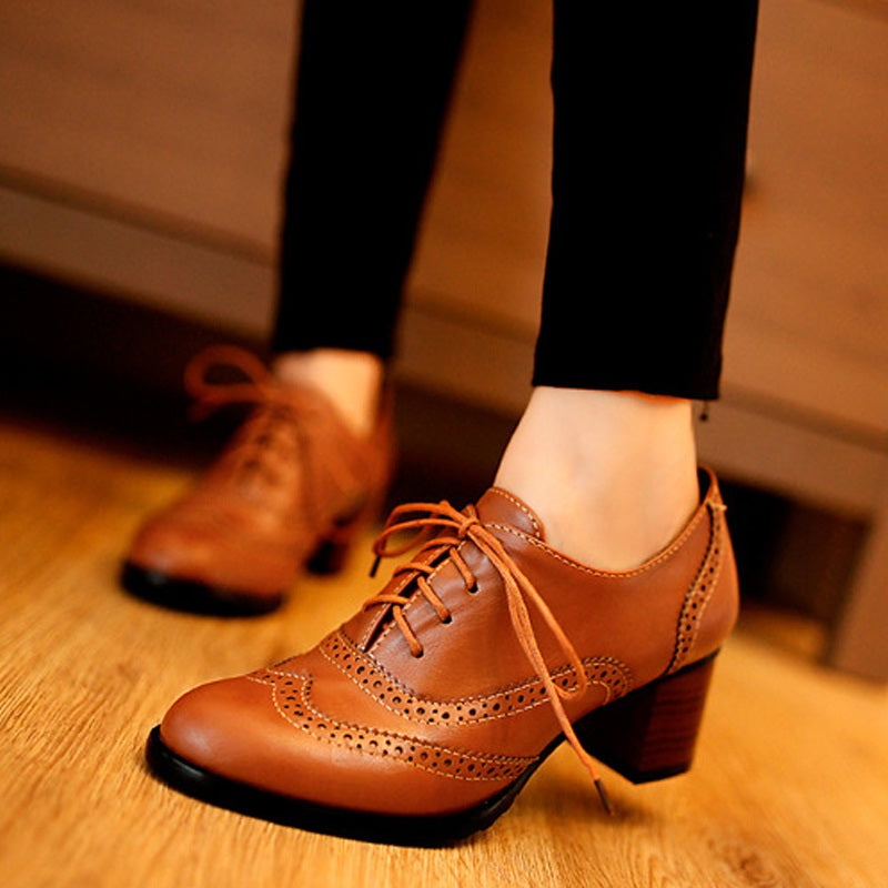 Women Shallow Brogue Shoes Vintage Chunky Heel Cut Out Oxford Shoes Lace Up Short Boot