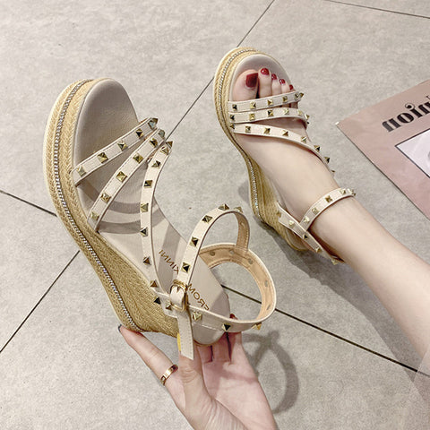 Summer Platform Sandals Rivet Women Sandal Wedges Comfortable Casual Buckle Sandals Shoes
