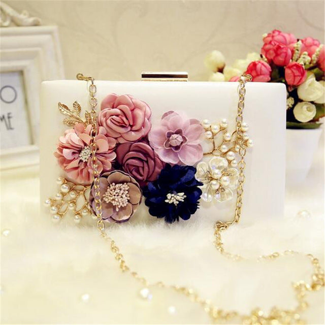 Luxury Handmade Pearl Flower Evening Bag Women Day Clutch Wedding Party Small Handbag Purse