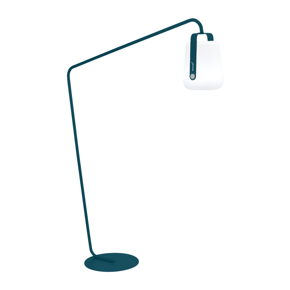 Balad Offset Stand by Fermob in Acapulco Blue with Fermob Lamp attached to the stand.