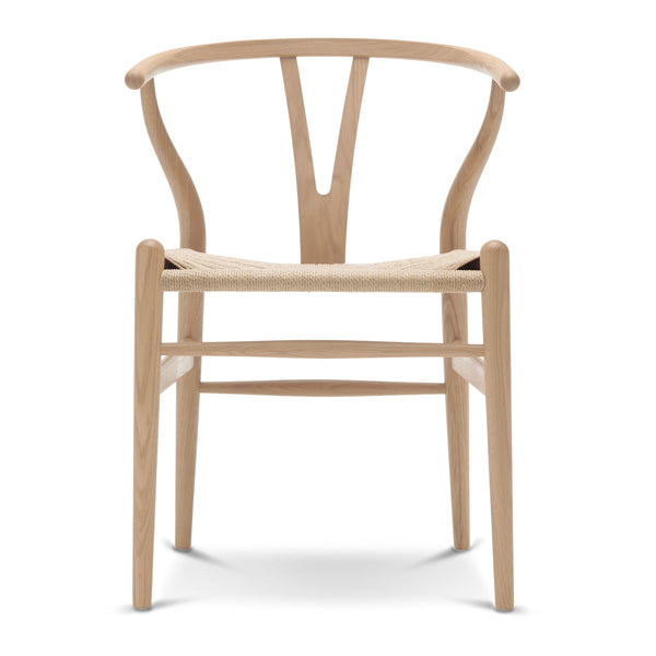 CARL HANSEN & SØN | CH24 Wishbone Chair | Hans J. Wegner | Oak frame | White Oil finish | Natural seat | Available in 8 weeks