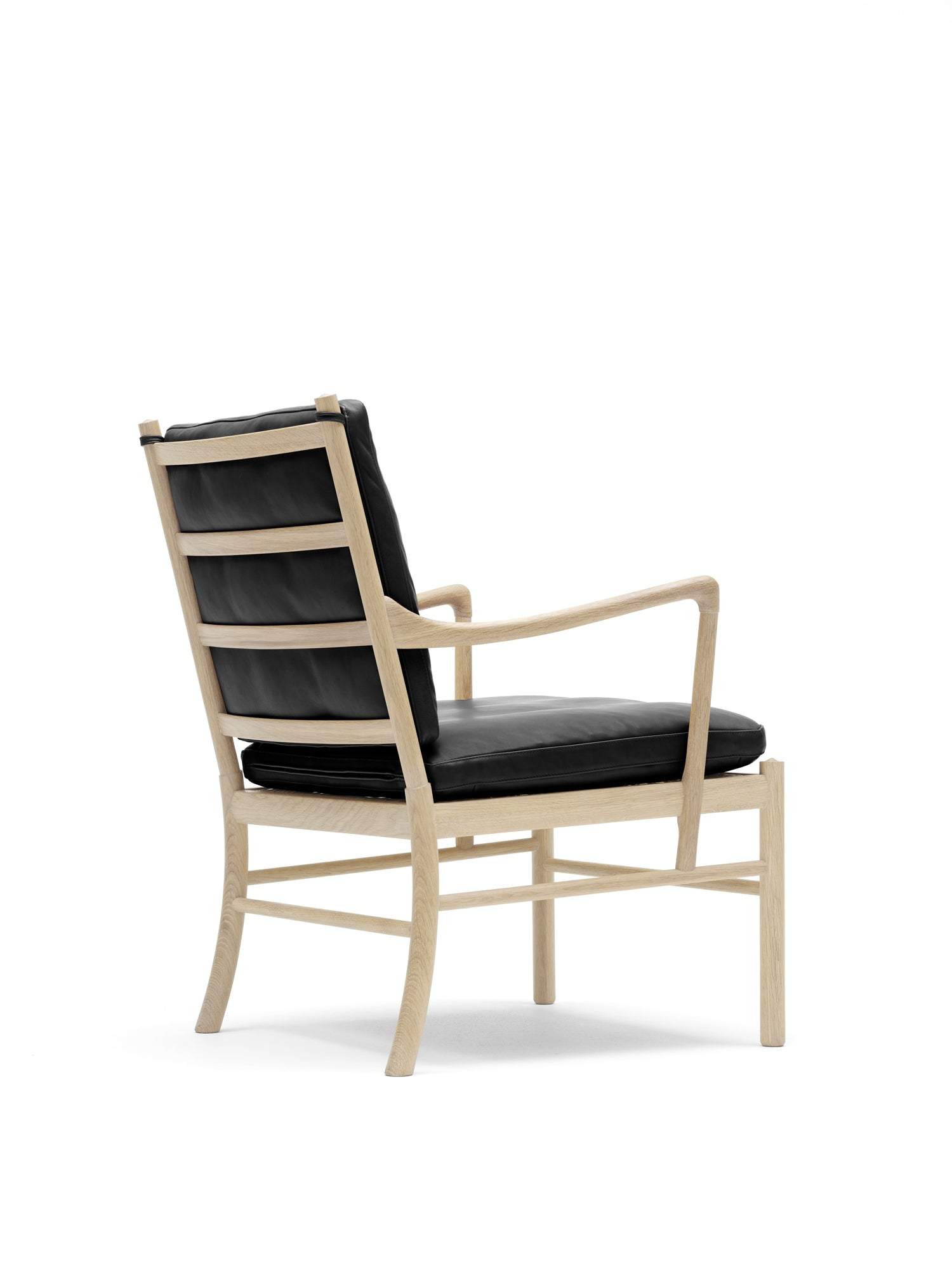 CARL HANSEN & SØN | OW149 Colonial Chair | Design: Ole Wanscher 1959 | Available in 3*-12 weeks, depending on wood/upholstery chosen