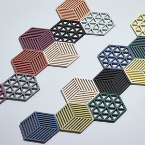 ZONE | Trivet | Triangles | Black