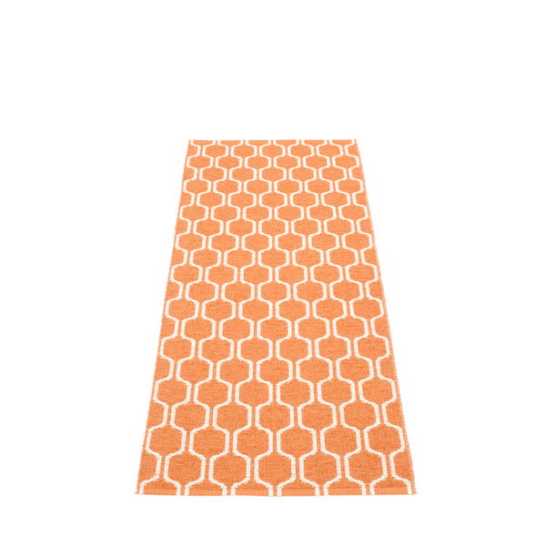 PAPPELINA | Plastic Rug | Ants | Pale Orange/Vanilla | 5 sizes