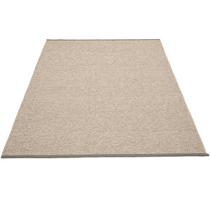 PAPPELINA | Plastic Rug | Effi | Charcoal | 7 sizes