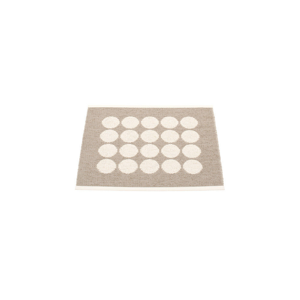 PAPPELINA | Plastic Rug | Fia | Mud | 3 sizes