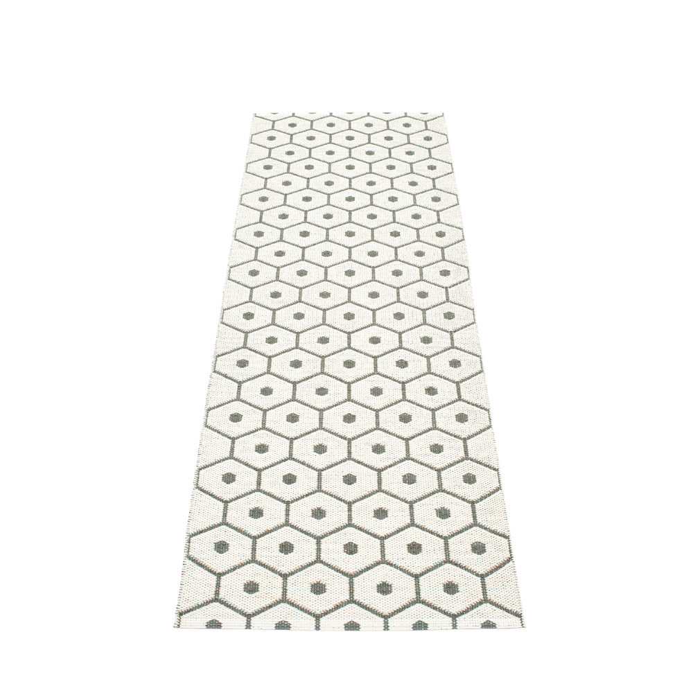 PAPPELINA | Plastic Rug | Honey | Charcoal | 6 sizes