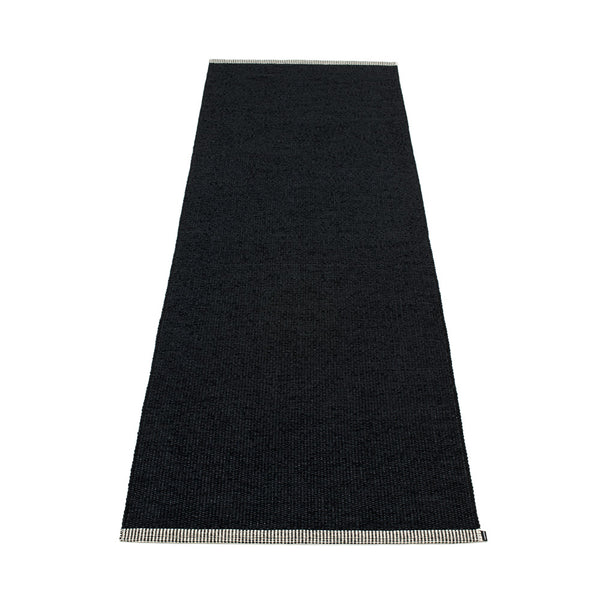 PAPPELINA | Plastic Rug | Mono | Black | 8 sizes