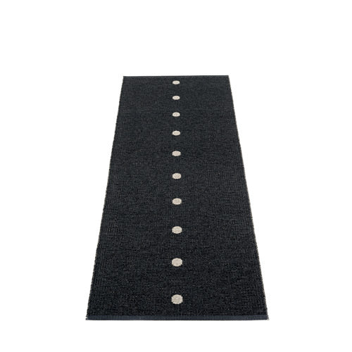 PAPPELINA | Plastic Rug | Peg | Black/Linen | 6 sizes