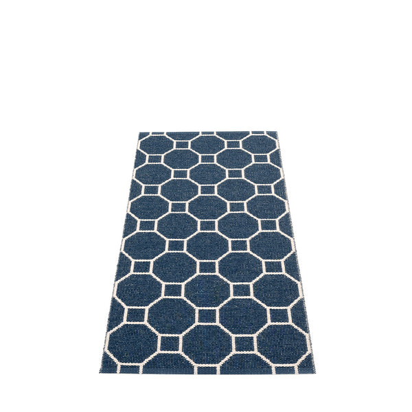 PAPPELINA | Plastic Rug | Rakel | Dark Blue/Vanilla | 6 Sizes