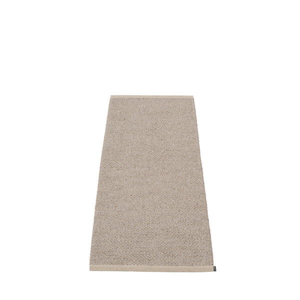 PAPPELINA | Plastic Rug | Svea | Mud Metallic | 11 sizes