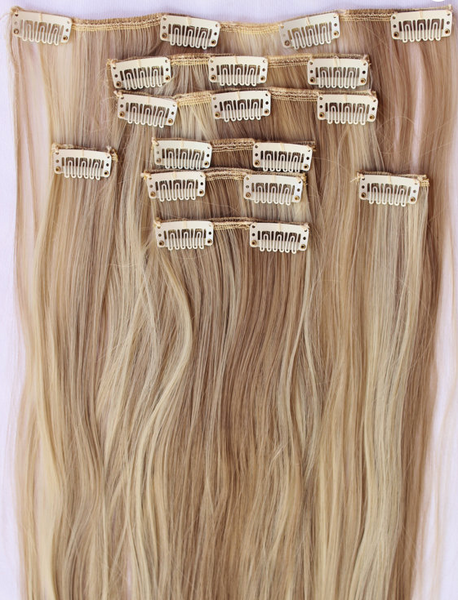 6 REASONS TO WEAR CLIP-IN HAIR EXTENSIONS