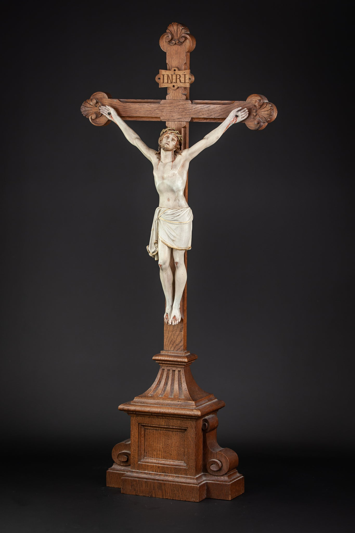 Altar Crucifix Wooden Cross Carved Corpus Christi 32""