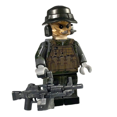 Minifig 22nd Special Air Service (SAS) Grey Team SAW Gunner - Minifigs