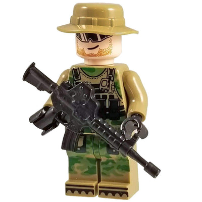 Minifig Jungle CAMO Soldier Boonie-Brick Forces