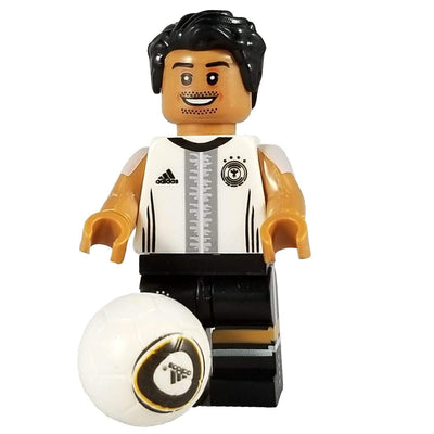 Minifig Soccer Player Ozil-Brick Forces