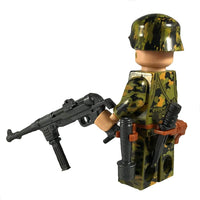 Minifig World War II German Smoke Spring CAMO Soldier Gerhard - Minifigs