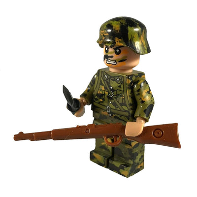 Minifig World War II German Smoke Spring CAMO Soldier Wilhelm - Minifigs