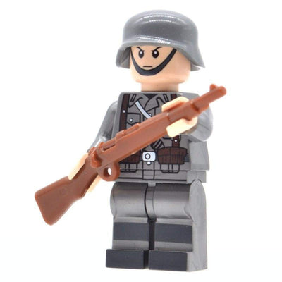 Minifig World War II German Soldier - Minifigs
