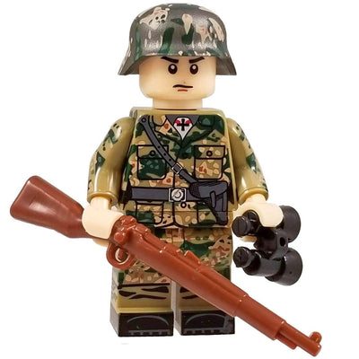 Minifig World War II German SS Dot CAMO Soldier Dieter - Minifigs
