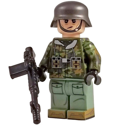 Minifig World War II German SS PlainTree Spring CAMO Soldier - Minifigs