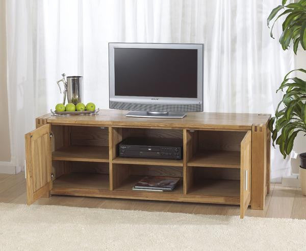 Stella Oak TV Unit With Cabinets And Shelves