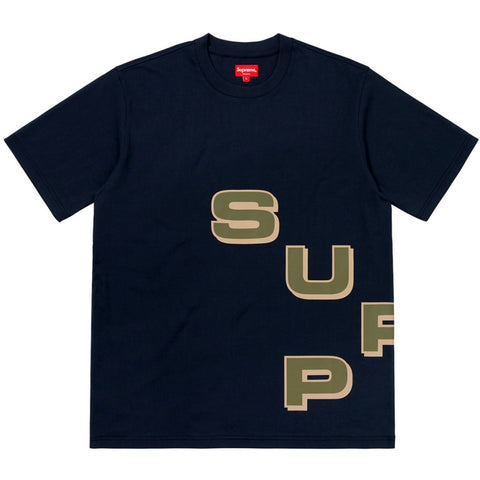 SUPREME STAGGER TEE -NAVY