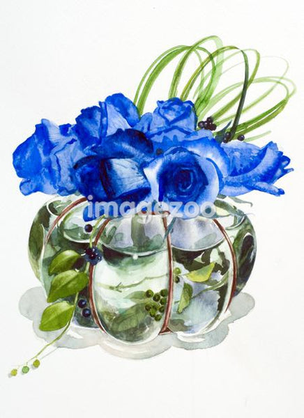 A bouquet of blue flowers in a vase