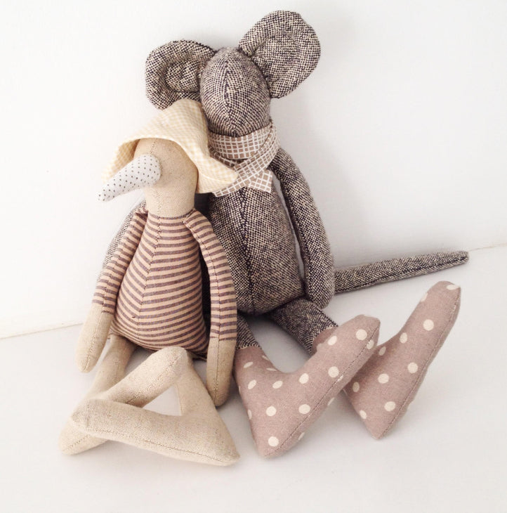 Handmade animal doll, Mouse doll, Fabric doll, Linen doll, Gender neutral gift, Stuffed animal toy, Baby Unique gift, Modern nursery deco