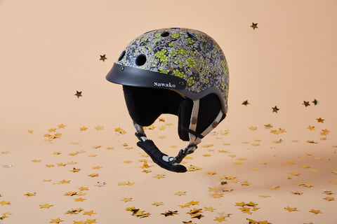 Sawako floral snow helmet product photo with stars