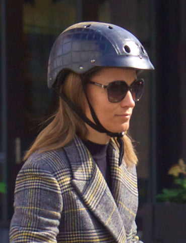 Pippa Middleton looking great with sawako black crocodile helmet