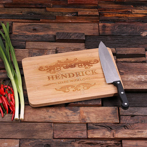 personalized bamboo wood cutting boards with family crest design, wooden gifts, housewarming gifts, anniversary gifts, wedding gifts