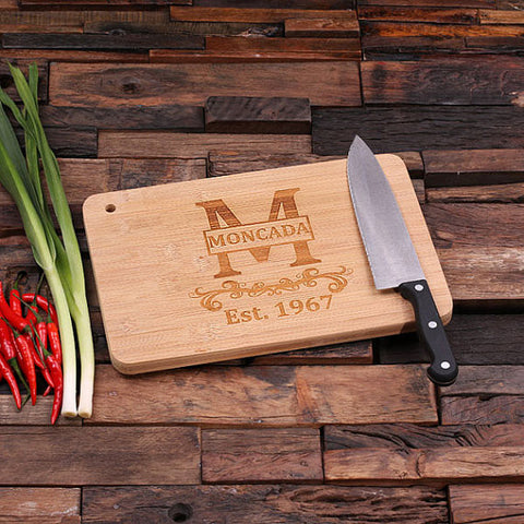 personalized bamboo wood cutting boards with family seal design, wooden gifts, housewarming gifts, anniversary gifts, wedding gifts