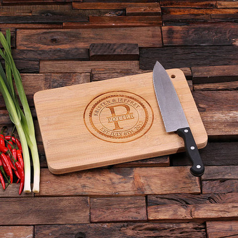 personalized bamboo wood cutting boards with family seal, wooden gifts, housewarming gifts, anniversary gifts, wedding gifts