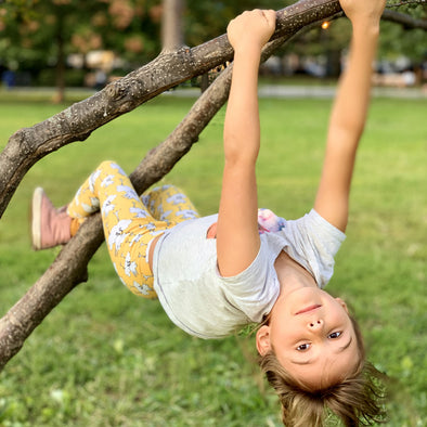 Tree-Climbing Kids Super Flex-2 Leggings, Barbara Birdie. The MoMeMans® Sizes 2T-6x