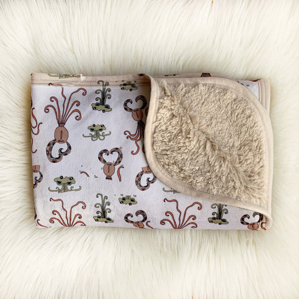 The MoMeMans® Quinn + Quinlan Teddy Bear Sherpa SHH™ Baby Blanket by Monica Escobar Allen. Unisex, gender neutral.